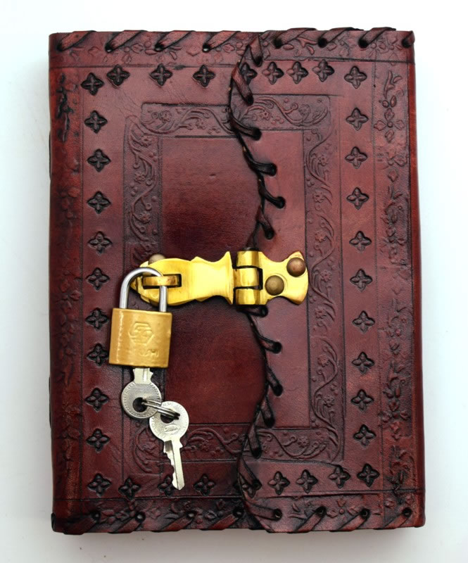 5 x 7 LEATHER Journal with Lock and Key